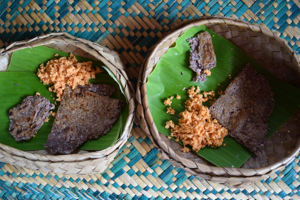 Sigiriya Village tour, coconut sambol