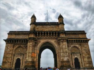 best places to visit in mumbai, gateway of india